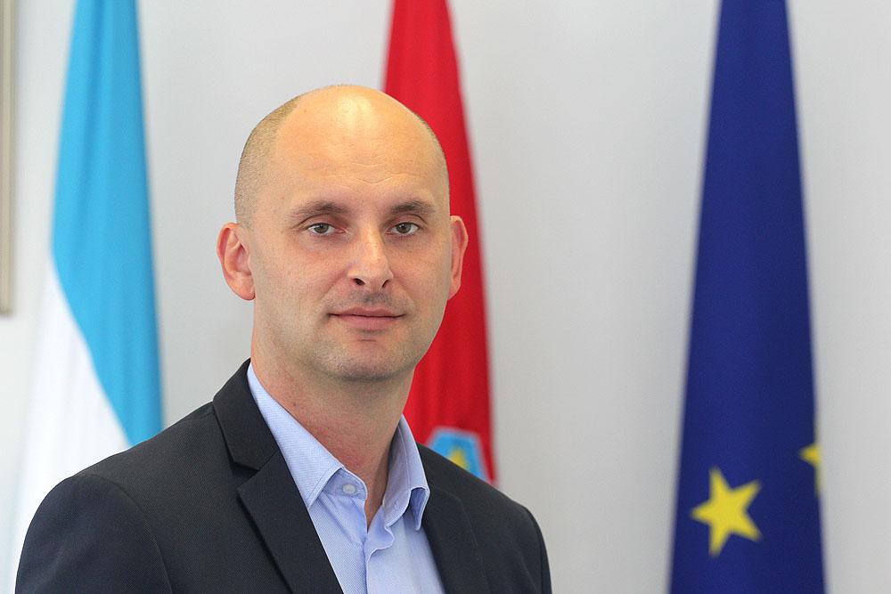tomislav-tolusic-092015-1-1